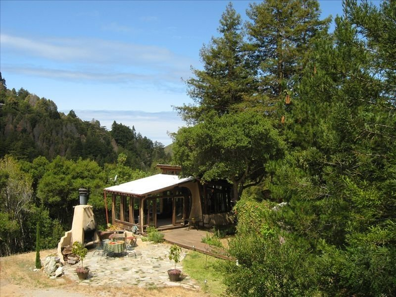 Big Sur Dream Home  Completely private with an outdoor hot tub and fireplace., alquiler de vacaciones en Big Sur