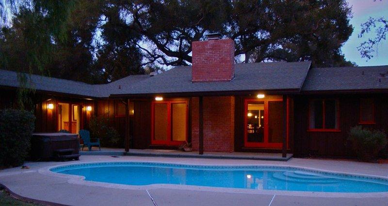 A Lovely Evening at Nine Oaks Ojai