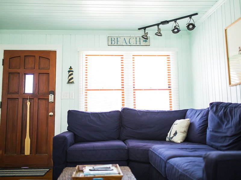 Comfortable Gulfside Beach Cottage - UPDATED! - Beautifully decorated, alquiler de vacaciones en Redington Shores