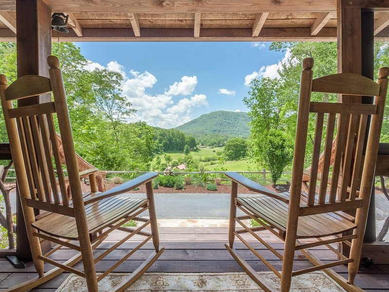 Fabulous View and location.  French Countryside view in beautiful N. Georgia., holiday rental in Wiley