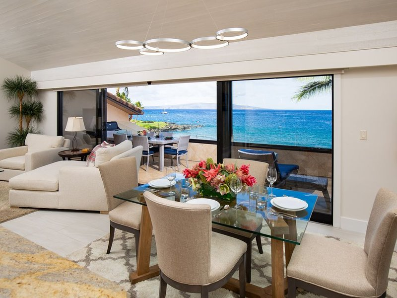 Gorgeous Beachfront Luxury 2 Bed 2 Bath Maui Condo; Escape The Mainland!, aluguéis de temporada em Makena