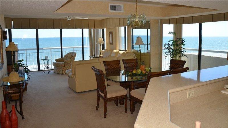 Wrap-around, Ceiling to Floor, Oceanfront Views, alquiler de vacaciones en North Myrtle Beach