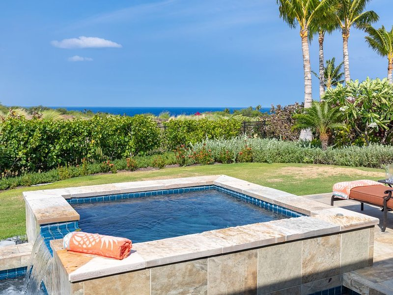 Popular New Villa with Ocean Views - Upscale Furnishings - Member of the Club, alquiler vacacional en Kawaihae