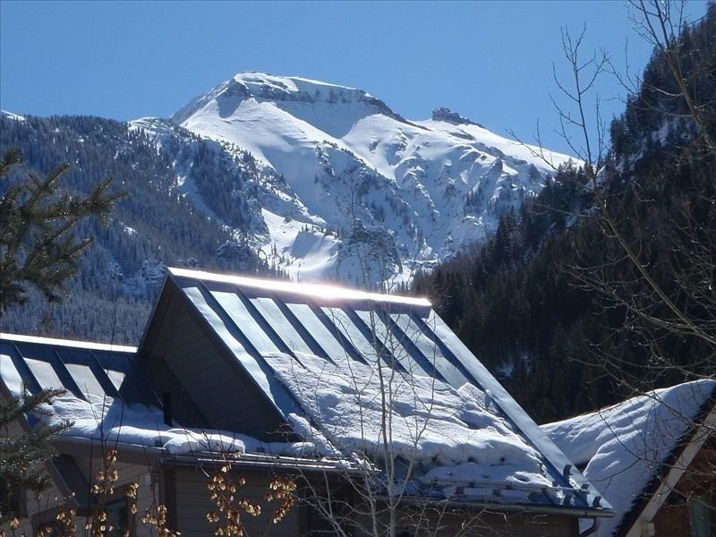 Ore Station Condo - Fabulous Location in Heart of Telluride, holiday rental in Telluride