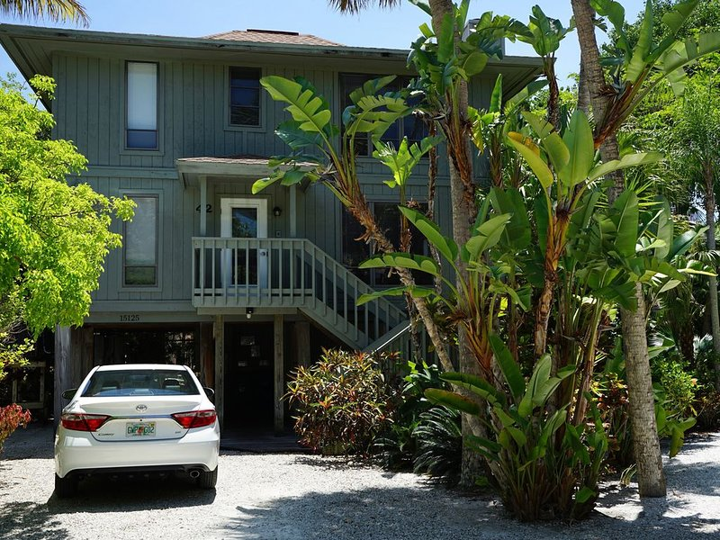 Beautiful home away from home in the private community of Sunset Captiva, vacation rental in Saint James City