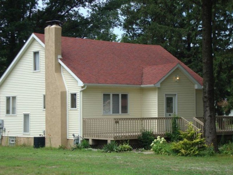 Immaculately clean, relaxing retreat convenient to the best of Harbor Country!, location de vacances à Berrien County