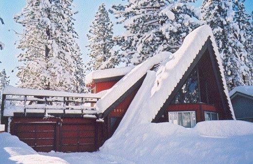 Beautiful Tahoe Chalet - Near Lake, Views, Amenities, Pics, location de vacances à South Lake Tahoe