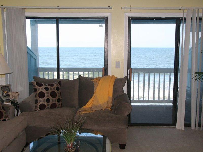 Amazing Ocean Front Condo, vacation rental in Kure Beach