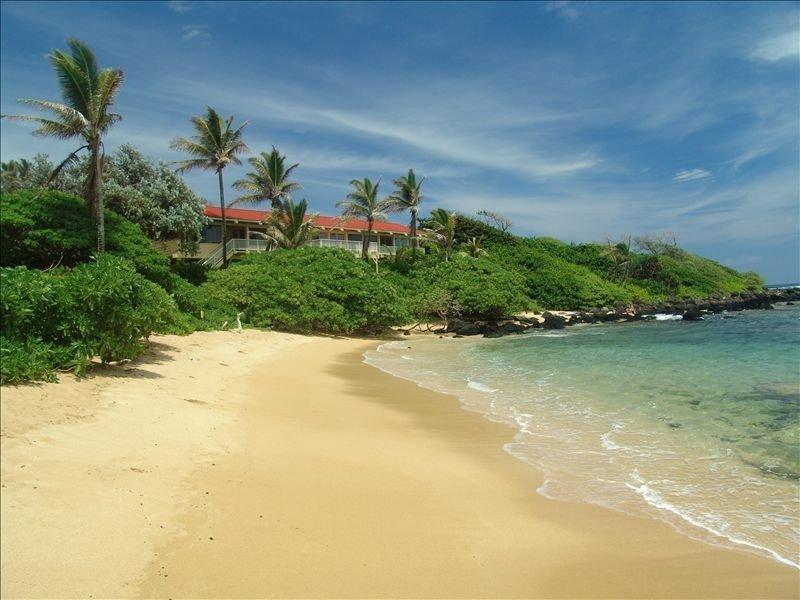 Secret Cove Villa on a Spectacular Secluded Beach! Free Travel Insurance!, alquiler de vacaciones en Anahola