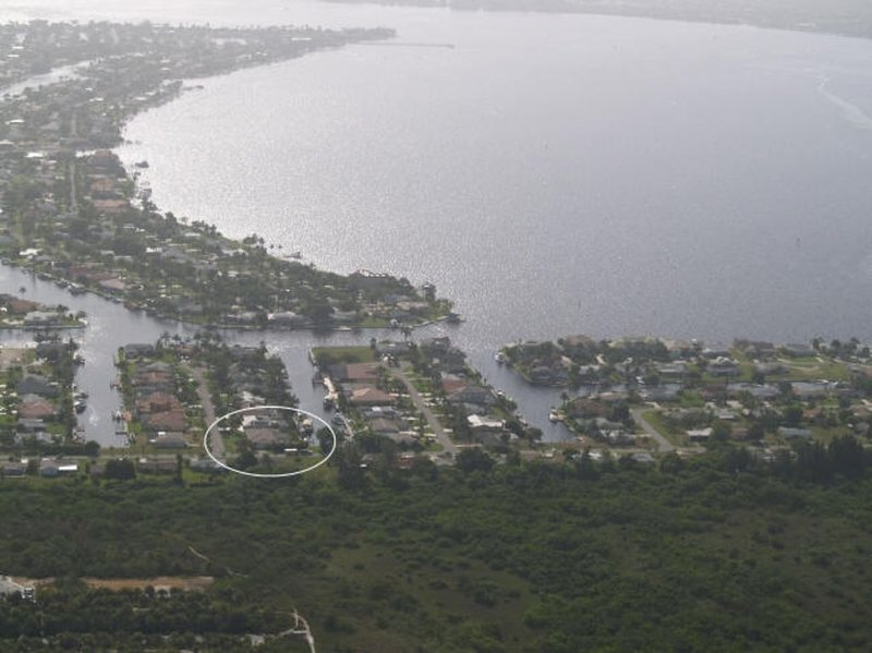 Boater's Dream - Only 10 Houses to Open Water! - Big Views, location de vacances à Cape Coral