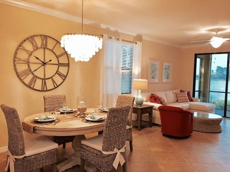 Brand New Luxury Resort Condo With Views Of Lake all around, holiday rental in Keewaydin Island