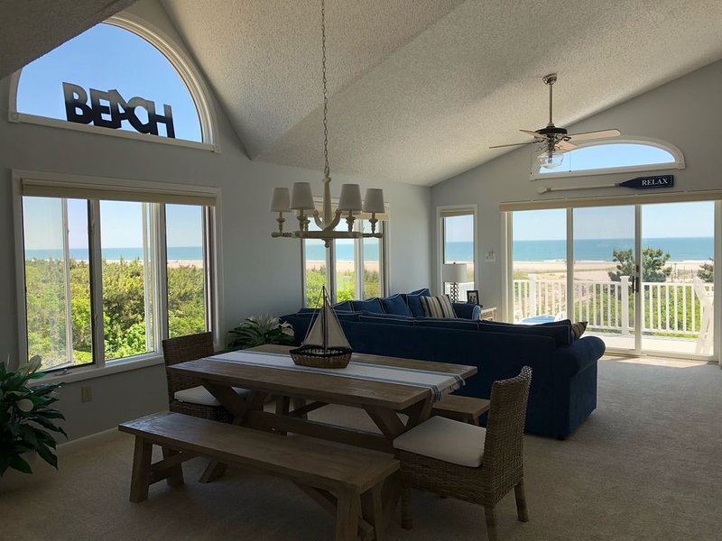Beachfront beauty on 59th Street!  Amazing views and close to everything!, holiday rental in Sea Isle City