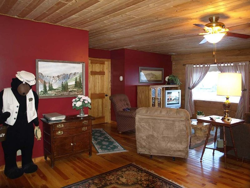 Lola's Place - Your Mountain Home Away from Home, vacation rental in Silverton