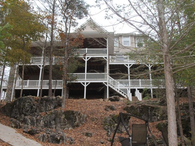 Sept. 12-15 & October 2020 Dates, Thanksgiving and New Years Available, location de vacances à Jacksboro