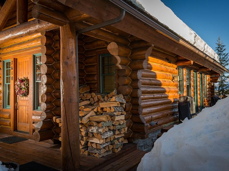 Come join us this Holiday Season in our Cozy Cabin!, alquiler de vacaciones en Teton Village