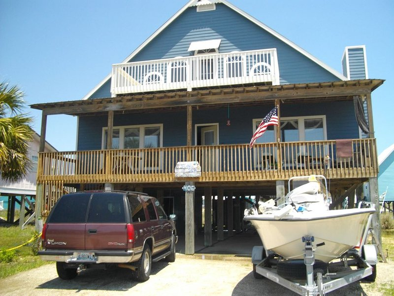 large family beach house, holiday rental in Fort Morgan