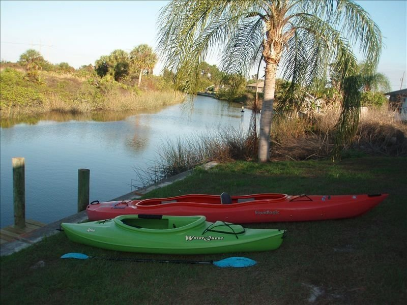 CANAL,  HEATED POOL,  BOAT , BEAUTIFUL HOME** MARCH OPENINGS **, casa vacanza a Punta Gorda