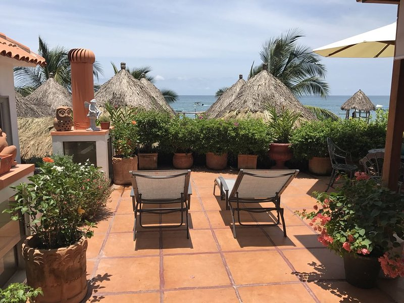 Beach Cottage next to El Dorado and La Palapa...3B/3B Extra studio if available, holiday rental in Puerto Vallarta