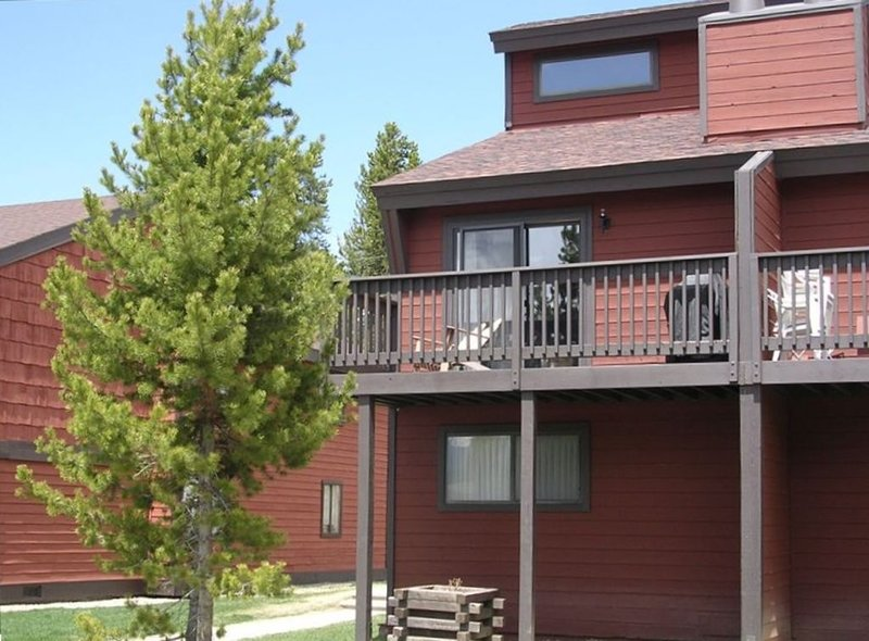 All the Comforts of Home!  Great rates!, vacation rental in Fraser