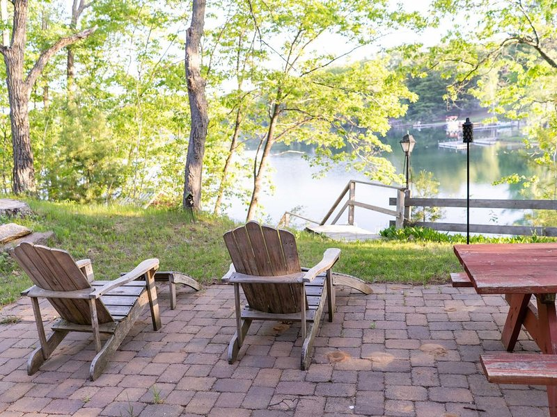 Waterfront Quiet Cottage, aluguéis de temporada em Mount Morris