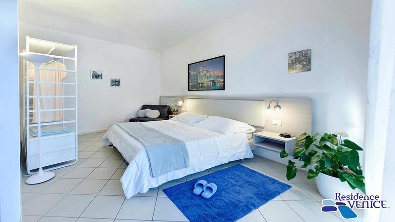 Residence Venice GARDEN apartment, holiday rental in Quarto D'Altino