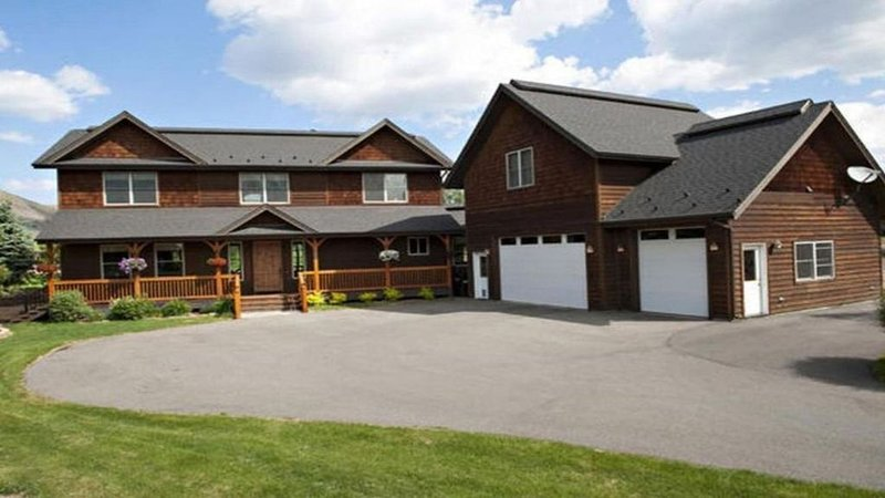 Family friendly home seconds from town and easy access to the Ski Resort, vacation rental in Hailey
