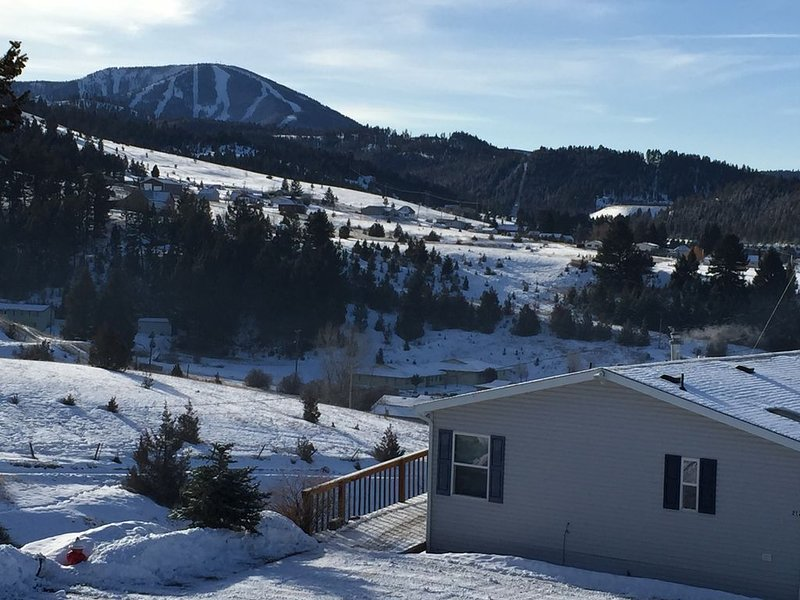 Philipsburg Getaway In The Heart Of It All!, holiday rental in Philipsburg
