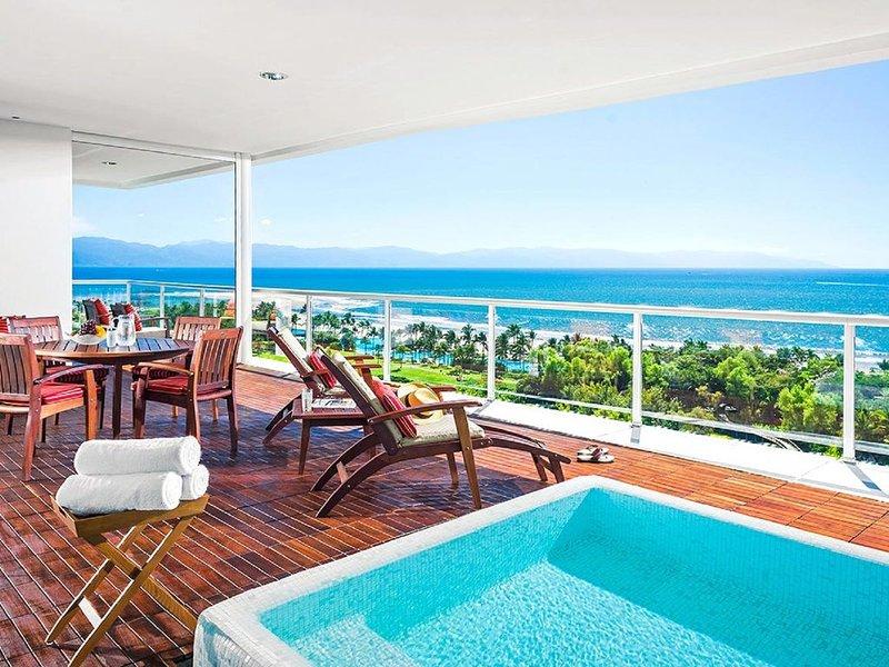 Grand Luxxe Spa-2 or 3 Bedroom or 2 Bedroom Loft, location de vacances à Jarretaderas