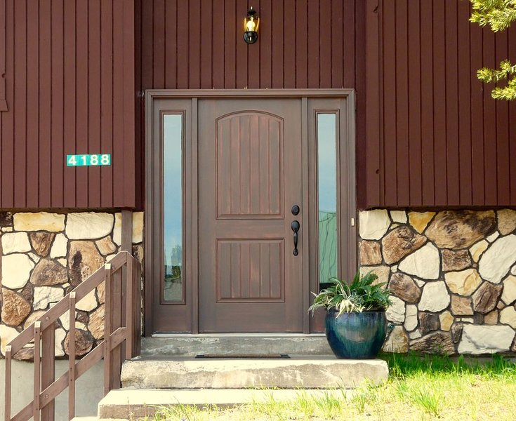 We recently added a beautiful new door to welcome you to your much deserved vacation!