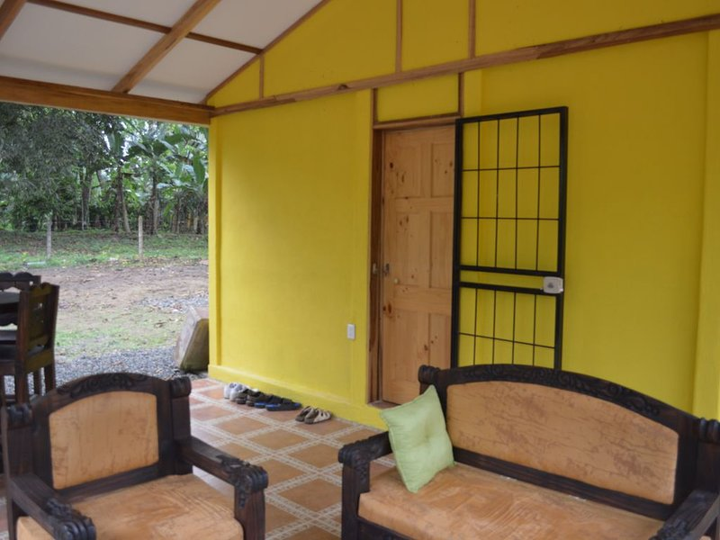 Jungle charm minutes from the Caribbean, holiday rental in Cahuita