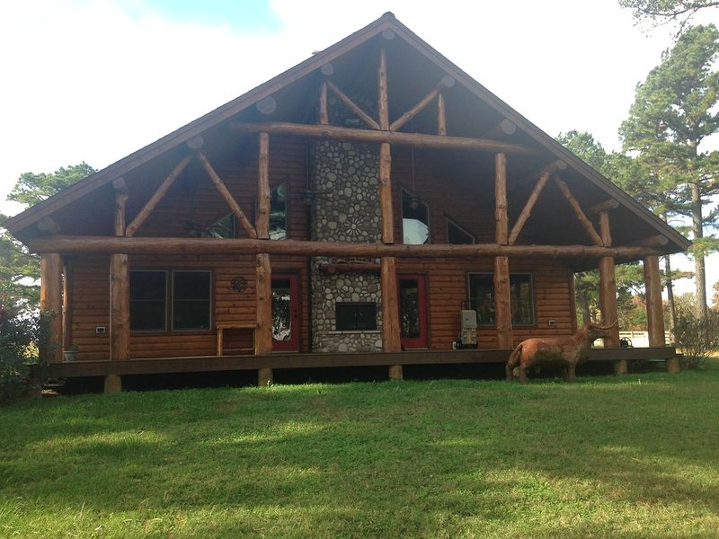 Rustic Log Home in the Pines  *Thanksgiving Special*     Inquire for details, holiday rental in Park Hill