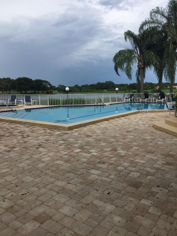 Common area pool - Exclusive for Hampton residents