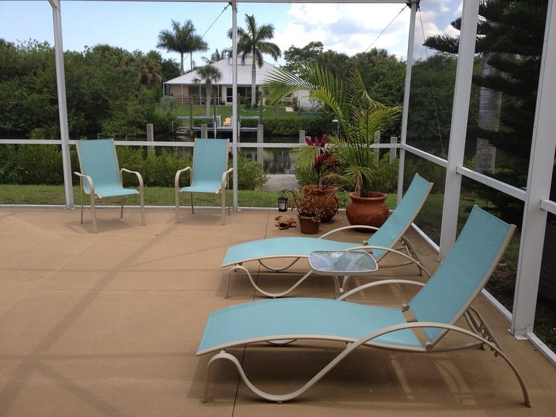 Quiet Waterfront Home With Gulf Access, holiday rental in Port Charlotte