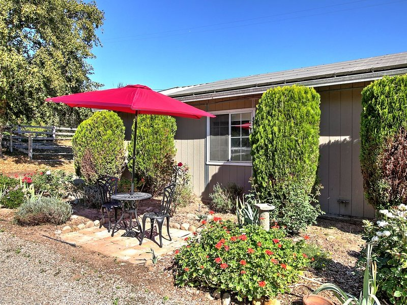 Wine Country Ranch Escape - Unplug and live by the horses!, holiday rental in Los Alamos