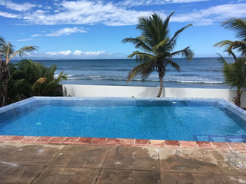 Welcome to Coconut Cay *As Seen on HGTV, vacation rental in Isabel Segunda