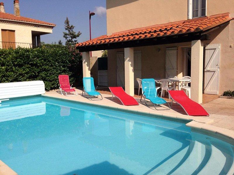 Villa 5 pièces 8 pers piscine privative, proche Pyrénées et mer - 5 Pièces 8 per, holiday rental in Le Boulou