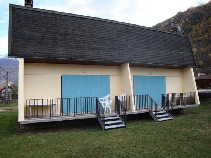 Camping Le Pas de l'Ours*** - Gîte 3 Pièces 4 Personnes, holiday rental in Vebre