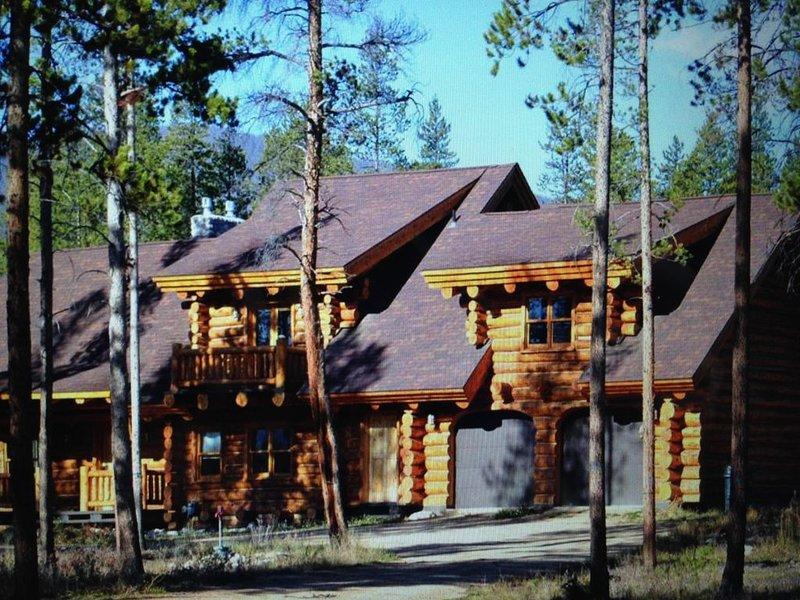 Mountain View Cabin On 70 Acres of Untouched Forest, location de vacances à Tabernash