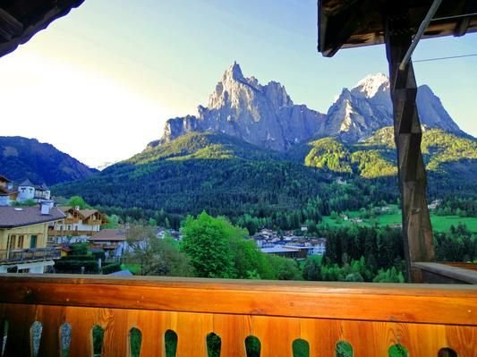 Vacation home Seis am Schlern (Siusi) for 2 - 4 persons with 2 bedrooms - Holid – semesterbostad i Castelrotto