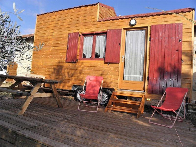 Tiny-House à louer en Provence, vos Vacances insolites..., location de vacances à Barbentane