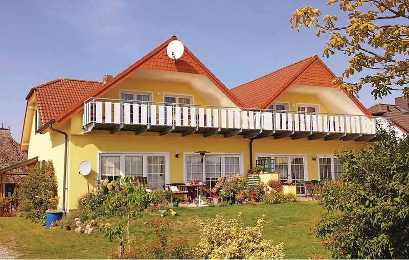 2 Zimmer Unterkunft in Sagard, vacation rental in Lohme