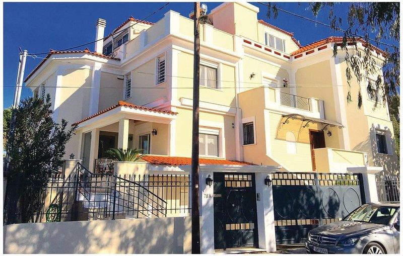 3 Zimmer Unterkunft in Nea Makri, vacation rental in Marathon