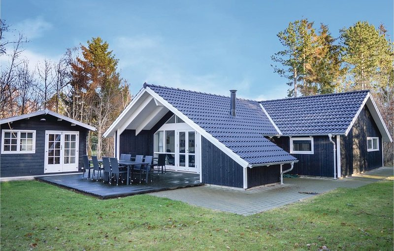 5 Zimmer Unterkunft in Frederiksværk, aluguéis de temporada em Jaegerspris