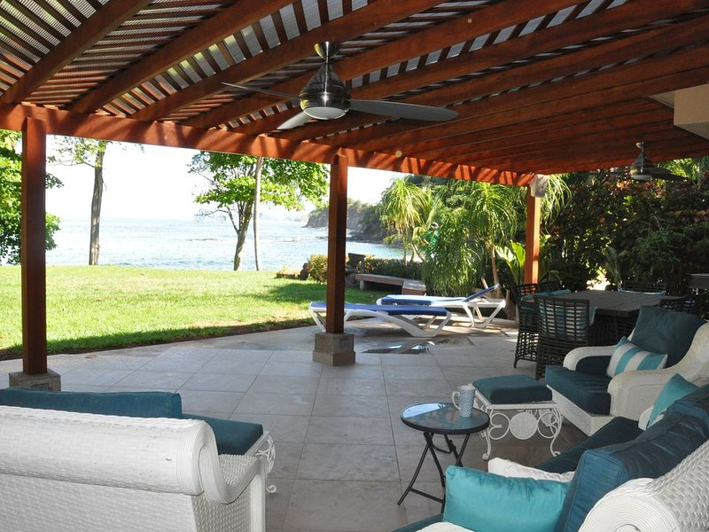Spectacular Completely Remodeled Beach Front Villa at  Bahia Pez Vela Resort, vacation rental in Nuevo Colon