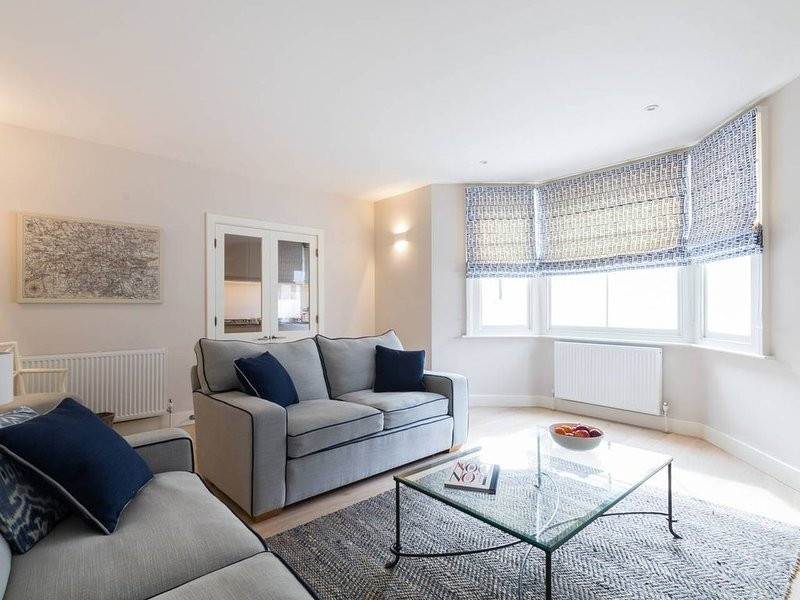 Long Stay Discounts - Beautiful Brook Green 2bed, Ferienwohnung in Hounslow