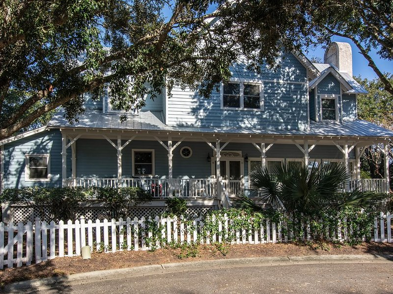 Wild Dunes Home Grand Pavilion/Seaside, holiday rental in Isle of Palms