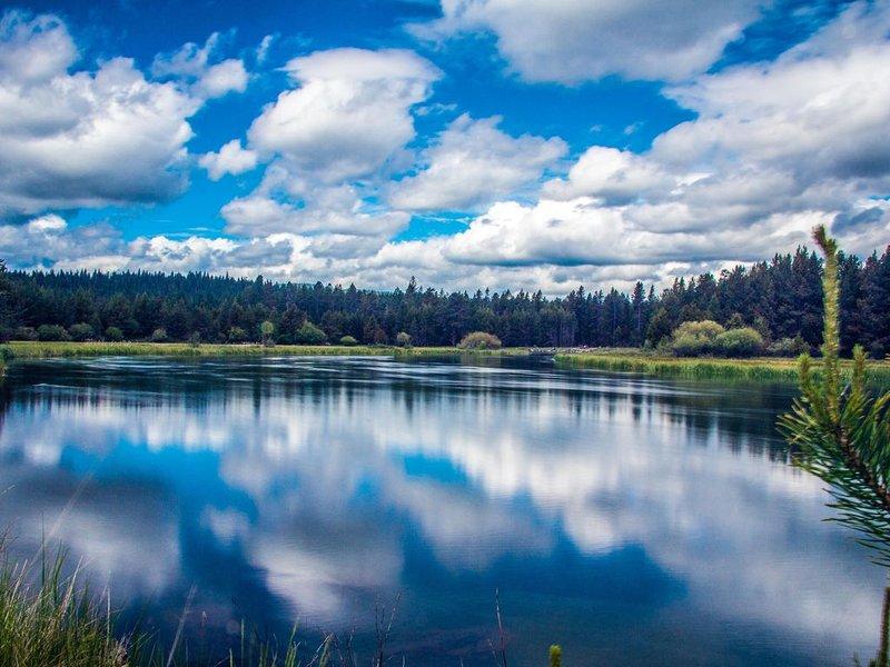 Sunriver-Pond