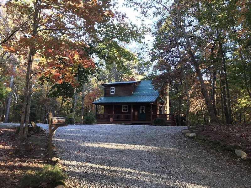 Best Around - 3 Mi to Helen & 4 Mi to Cleveland - 3.5 Acres, casa vacanza a Sautee Nacoochee