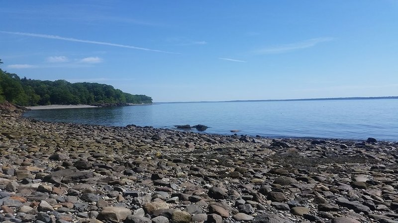Custom Built Penobscot Bay Retreat, vacation rental in Hope