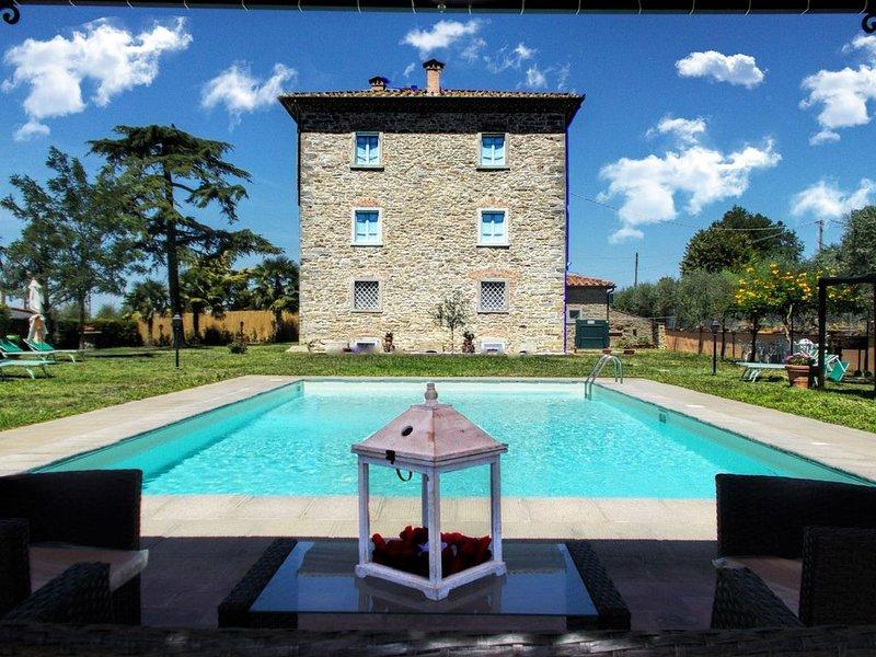 Villa padronale ad 1 km dal paese di Fratta e a 7 km dalla bella Cortona. Connes, casa vacanza a Creti